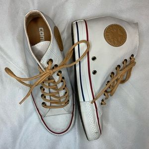 Converse White Canvas High Top Sneakers 7.5
